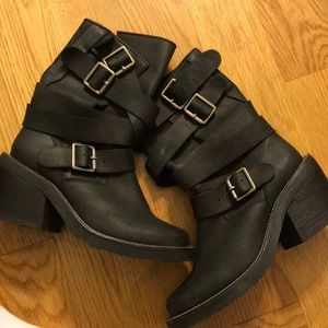 Jeffrey Campbell heeled black boots